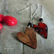 Red, Black and White Splashed Enamel Hearts Threaded Earrings