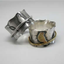 Birds on a Wire Spinner Ring