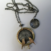 Leaf Pattern Circle Pendant with Birds